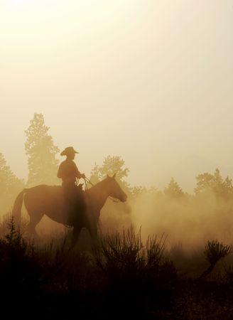 rancho: silueta de un vaquero en el oeste