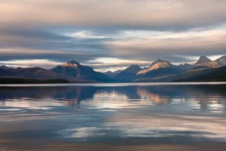 Sunset on lake McDonald in Glacier national park Stock Photo - 10931880