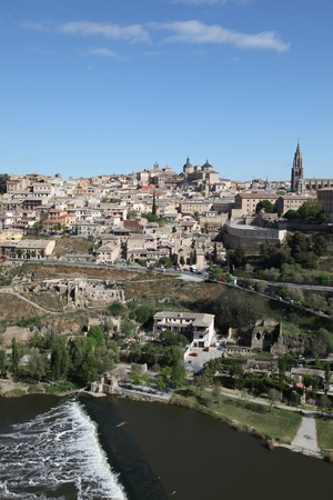 castilla: View of the historic medieval city of Toledo, Castilla la Mancha, Spain.