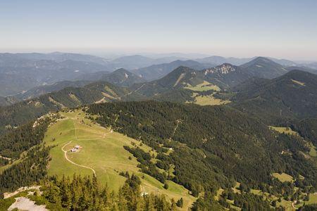 h�tte schnee: H�gel rund um den Schneeberg Alpen. �sterreich