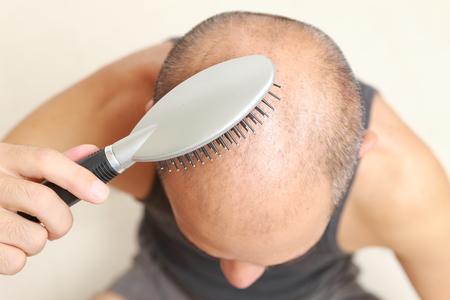 hair brush: brushing thin hair