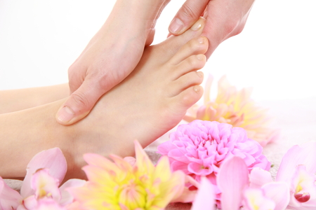 feet relaxing: foot massage