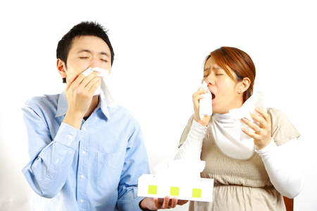 unhealthiness: Japanese Couple suffers from allergic rhinitis