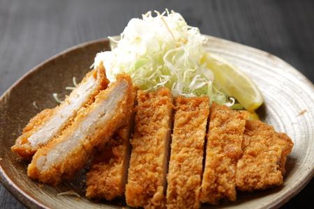 comida japonesa: Cerdo japonés chuleta Tonkatsu