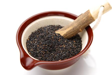 Black sesame seed in Japanese mortar 版權商用圖片