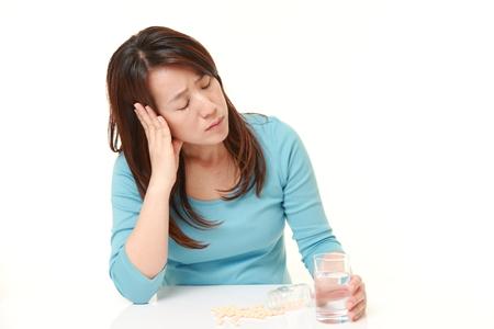 憂鬱に苦しんでいる中年の日本女性