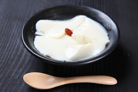 Chinese style almond jelly