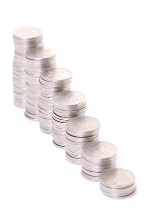 stacked Japanese 100 yen coins step down graph 免版税图像