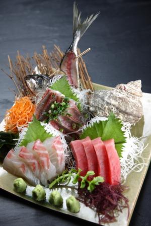 fresh sashimi combo plate 版權商用圖片