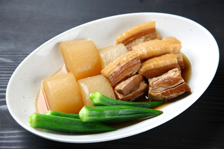 Boiled Radish and Pork