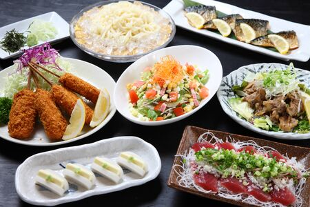gorgeous Japanese dishes meet up