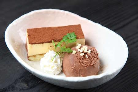 tiramisu with chocolate ice cream
