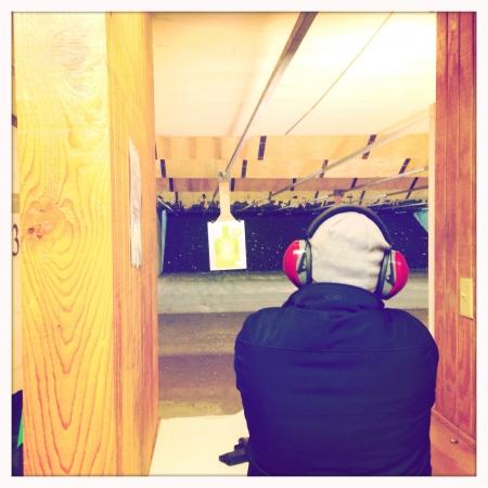 Disparar armas de fuego Foto de archivo - 24403835