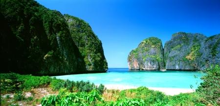 tunable: Hat Noppharat Thara Mu Ko Phi Phi National Park  Krabi Thailand