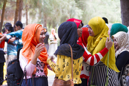 sprightly: Muslim seniorstudwnts to welcome new student a warm to welcome date 12 August 2014