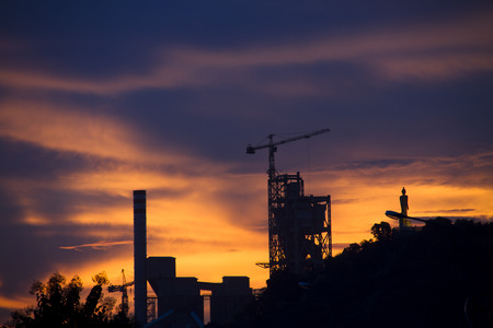 catalytic: Industrial plant at dusk in Thailand Stock Photo