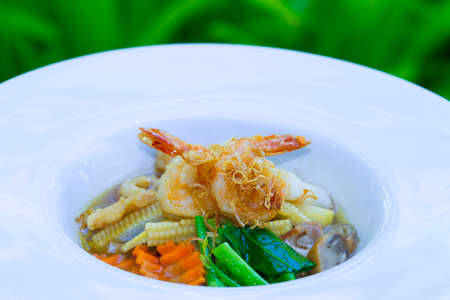 rad: Seafood and Noodles in a Creamy Sauce, Rad Na noodles delicious tradition thai food
