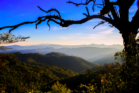 Trip to the highest Mountain of Pai - Sunset Mountain view  in Doi Mieng viewpoint  Pai Mae Hong Son Province of Thailand 免版税图像