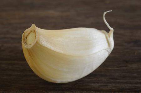 garlic clove: garlic clove