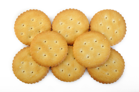 galletitas: crackers isolated on white background Foto de archivo