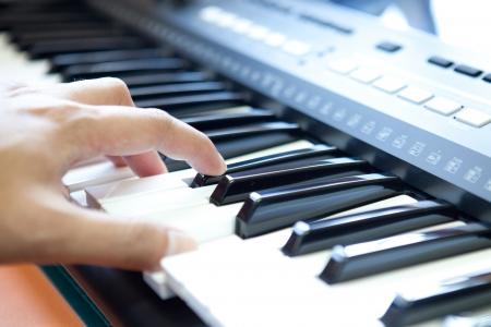 joueur de piano: mains et joueur de piano Banque d'images