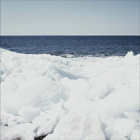 mille: Wind Rafted Ice Floes - Mille Lacs Lake, Minnesota Stock Photo