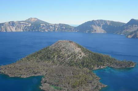 crater lake: Overlook vista on Wizard Island in Crater Lake N.P. Stock Photo