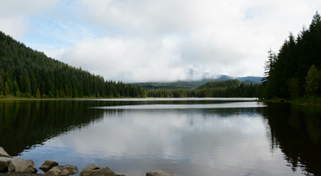 Trillium Lake vista in Mt. Hood National Forest - OR.