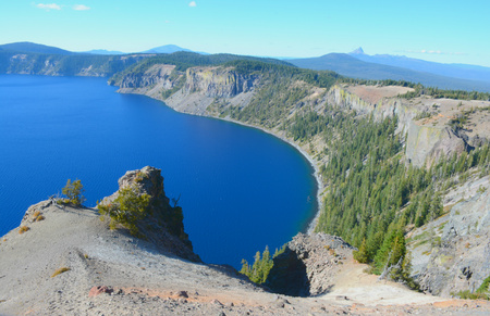 overlook: East Rim Drive overlook on Crater Lake National Park. Stock Photo