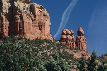 Prominent red rock formations in rural Sedona, AZ.