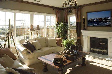 북부 캘리포니아 가정의 현대 거실 스톡 콘텐츠