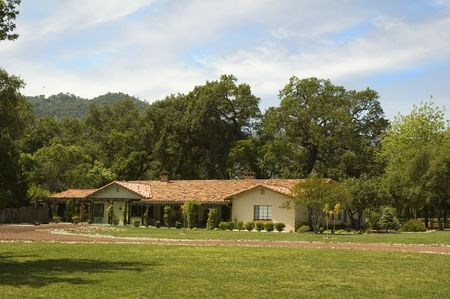 ranch house: spanish tiled Ranch house in the country in Northern California