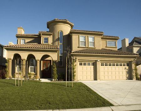 estuco: Nueva casa semi costumbre en el Norte de California