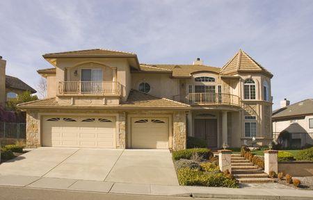 estuco: Romeo y Julieta casa con balcones en el Norte de California Foto de archivo