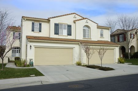 stucco house: Duet or duplex (semi-detached) homes in Northern California Stock Photo