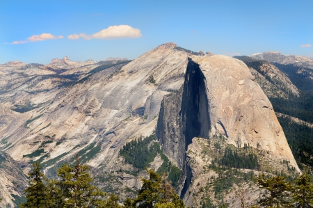 half dome: Half Dome in Yosemite national park seen from sentinel dome