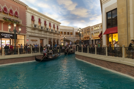 mcgraw: LAS VEGAS - MARCH 30, 2013 - The Venetian hotel on MARCH 30, 2013  in Las Vegas  The shoppes at the Palazzo receive over 20 million visitors a year, among the highest in the country