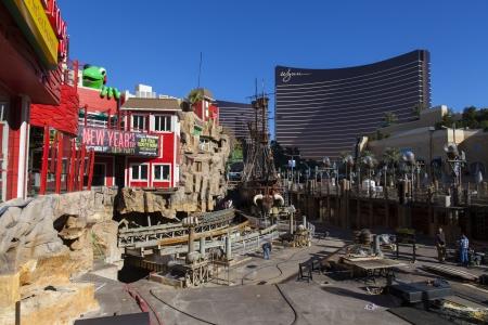 ile au tresor: LAS VEGAS - 10 d�cembre 2013 - Treasure Island, le 10 D�cembre 2013, � Las Vegas The Pirate spectacle au TI a ferm� pour faire place � un nouveau centre commercial Editeur