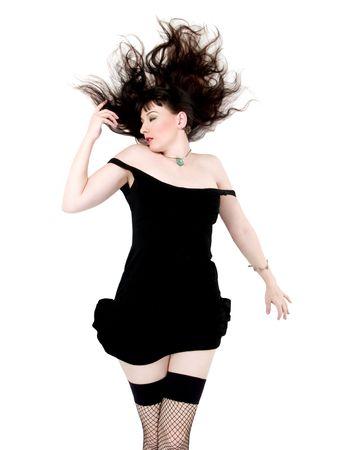 bas r�sille: Jeune femme en robe noire et de bas
