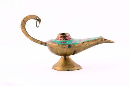 古いスタイルの銅金属ランプのクローズ アップ