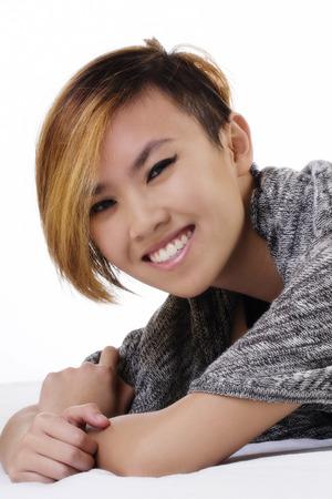 cabello corto: Corto Retrato de pelo Mujer asi�tica americana