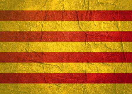 Vlag van Catalonië. Grunge noodtextuur. Betonnen muur