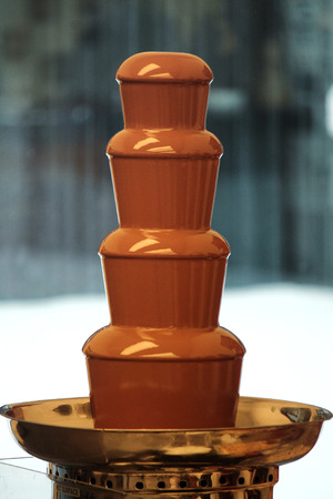 metal legs: chocolate fountain