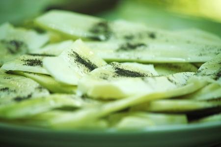 sliced zucchini Reklamní fotografie - 46792121