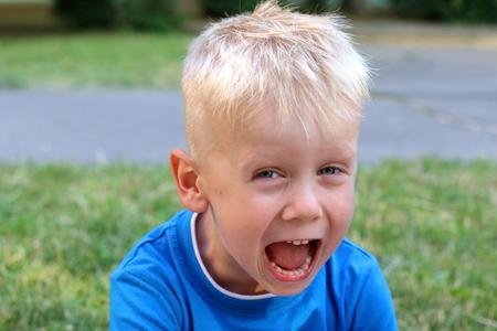 Boy is shouting Reklamní fotografie