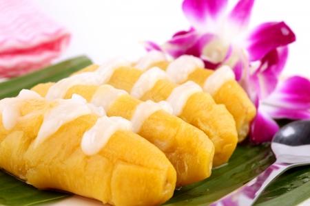coconut milk: thai banana dessert