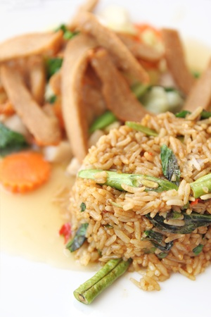 cow pea: delicious fried rice with deep fried pork and vegetable Stock Photo