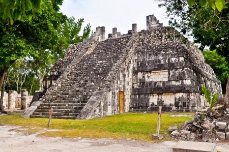 Tempel van de tabellen (Templo de las plateau's) - Chichen Itza, Mexico Stockfoto