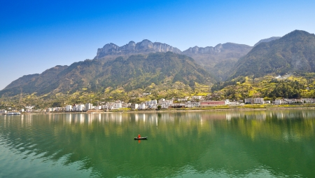 xiling gorge: Town of Sandouping by the Yangtze River - Yichang, China Editorial