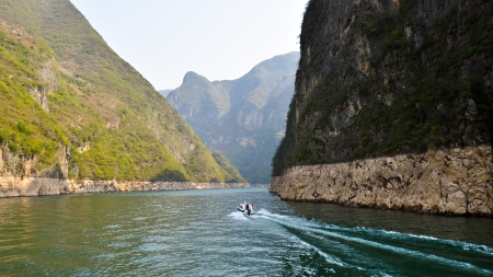 three gorges: Beautiful Daning River, Dragon Gate Gorge - Wushan, Chongqing, China